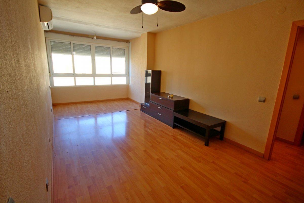 Amplio piso de 1 dormitorio con piscina y parking en torremolinos - imagenInmueble13