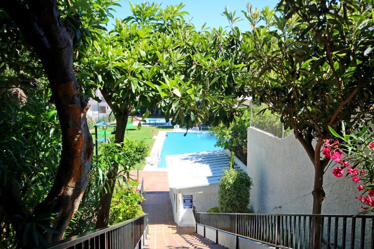Amplio piso de 1 dormitorio con piscina y parking en torremolinos - imagenInmueble16