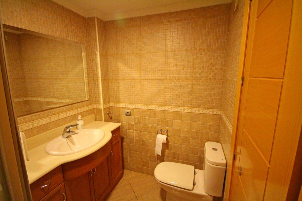 Amplio piso de 1 dormitorio con piscina y parking en torremolinos - imagenInmueble5