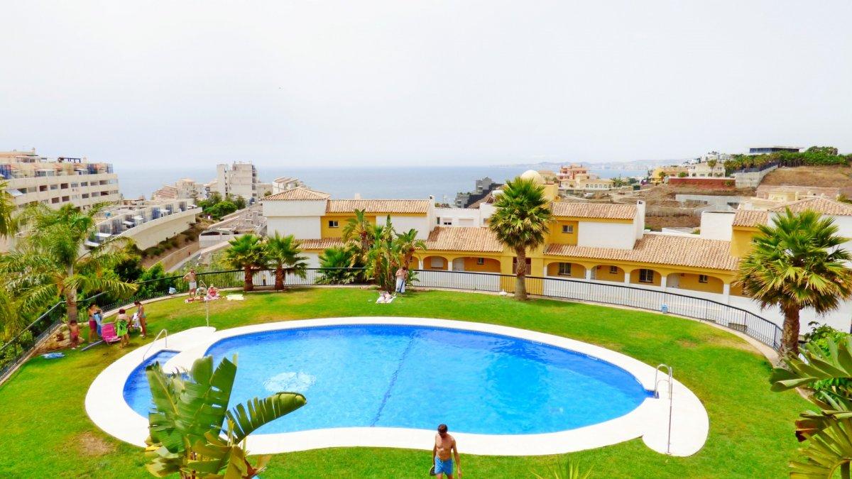 Piso de dos habitaciones con maravillosas vistas al mar en benalmádena costa - imagenInmueble0