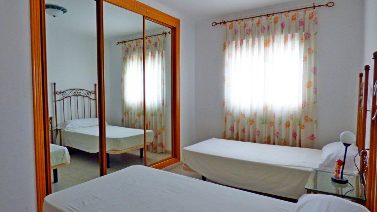 Piso de dos habitaciones con maravillosas vistas al mar en benalmádena costa - imagenInmueble23