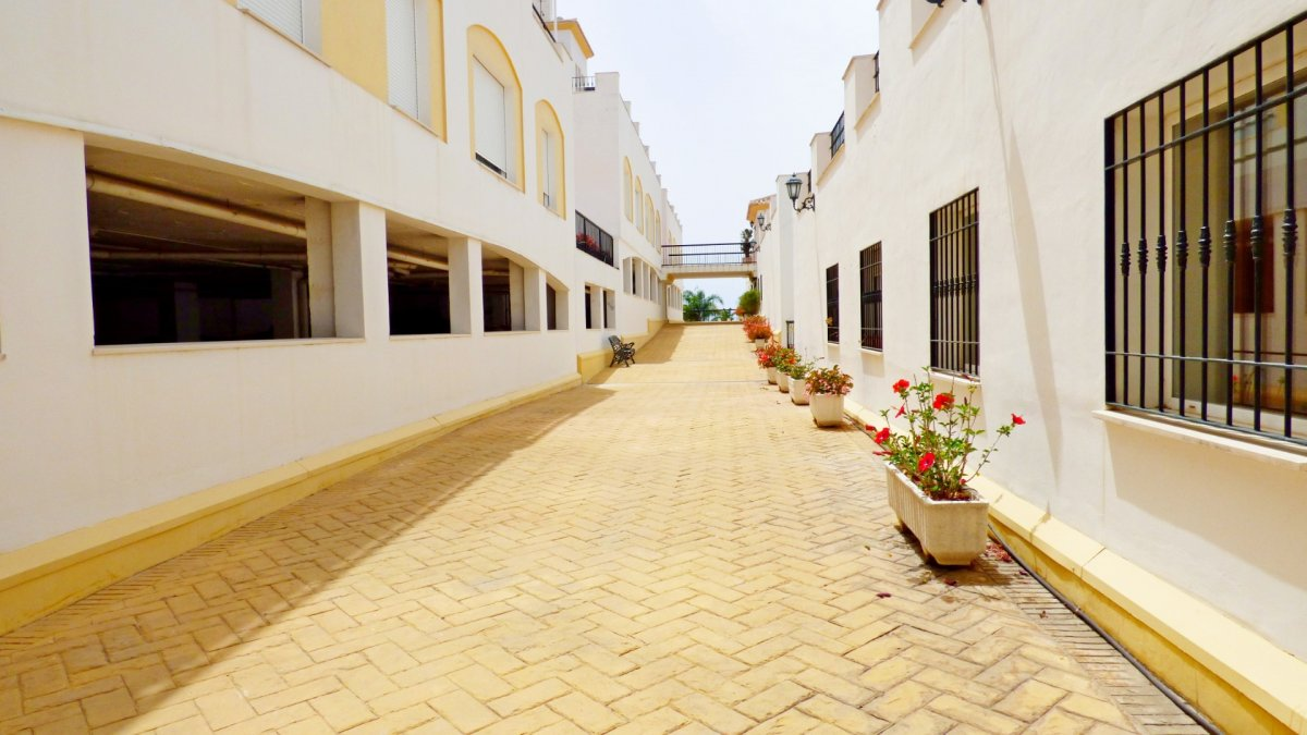 Piso de dos habitaciones con maravillosas vistas al mar en benalmádena costa - imagenInmueble6