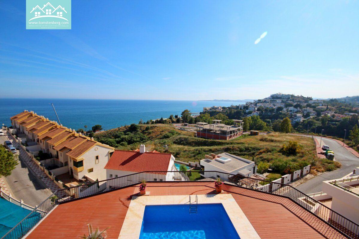 Piso de 1 dormitorio ,vistas al mar con terraza de 50 metros en nueva torrequebrada - imagenInmueble0