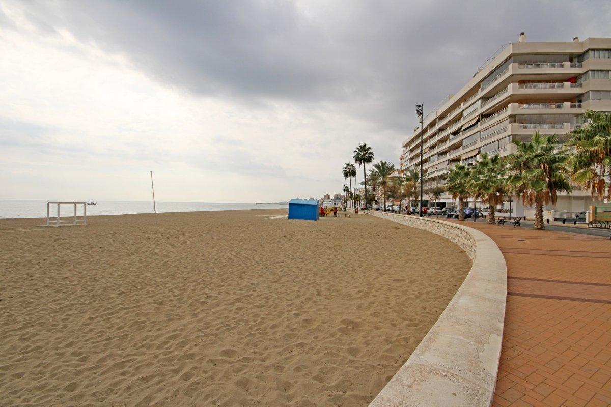 Primera linea de playa en torreblanca - imagenInmueble32