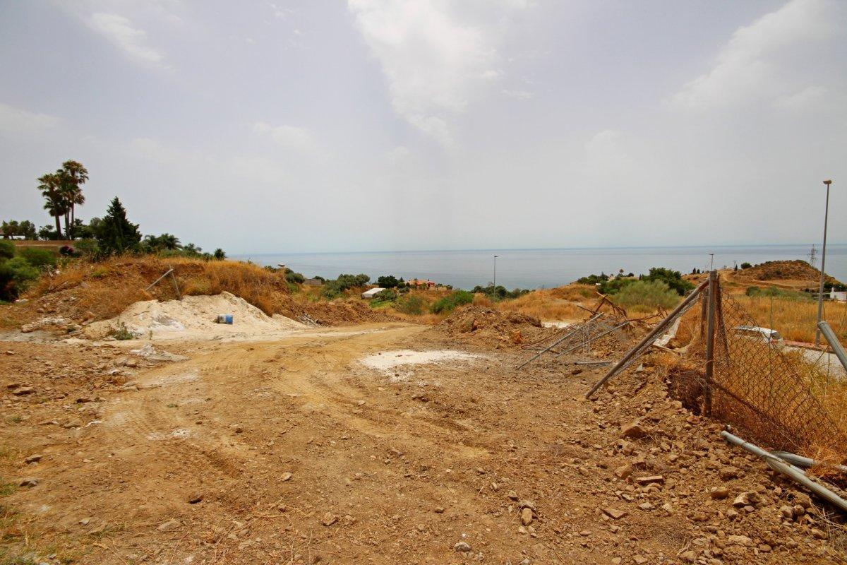 Se vende suelo urbano en la zona de la estupa con vistas  panoramicas al mar. - imagenInmueble9