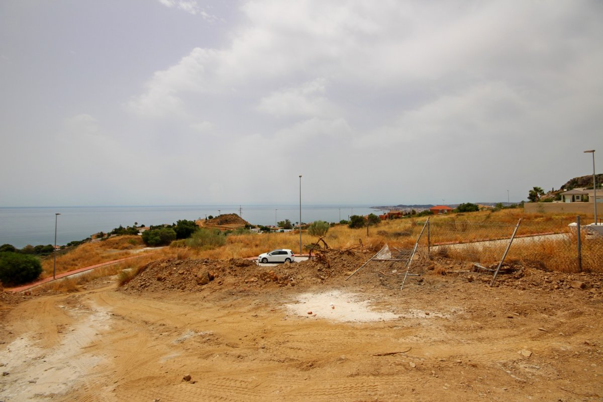 Se vende suelo urbano en la zona de la estupa con vistas  panoramicas al mar. - imagenInmueble1