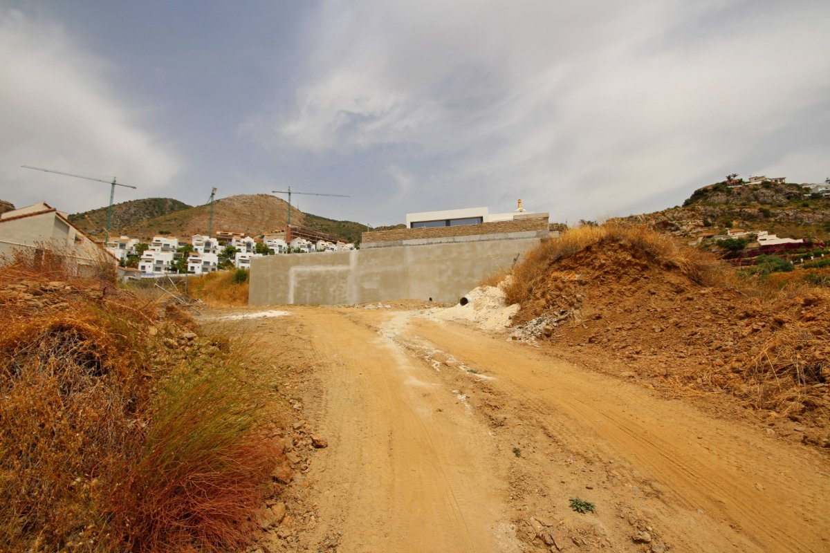 Se vende suelo urbano en la zona de la estupa con vistas  panoramicas al mar. - imagenInmueble4