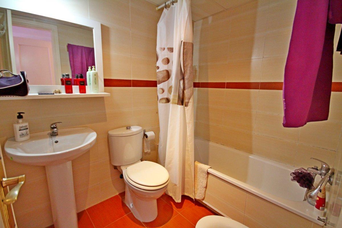 Estupendo apartamento en urbanización de montemar - imagenInmueble12