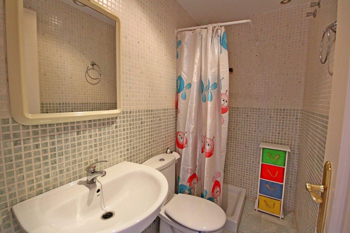Estupendo apartamento en urbanización de montemar - imagenInmueble13