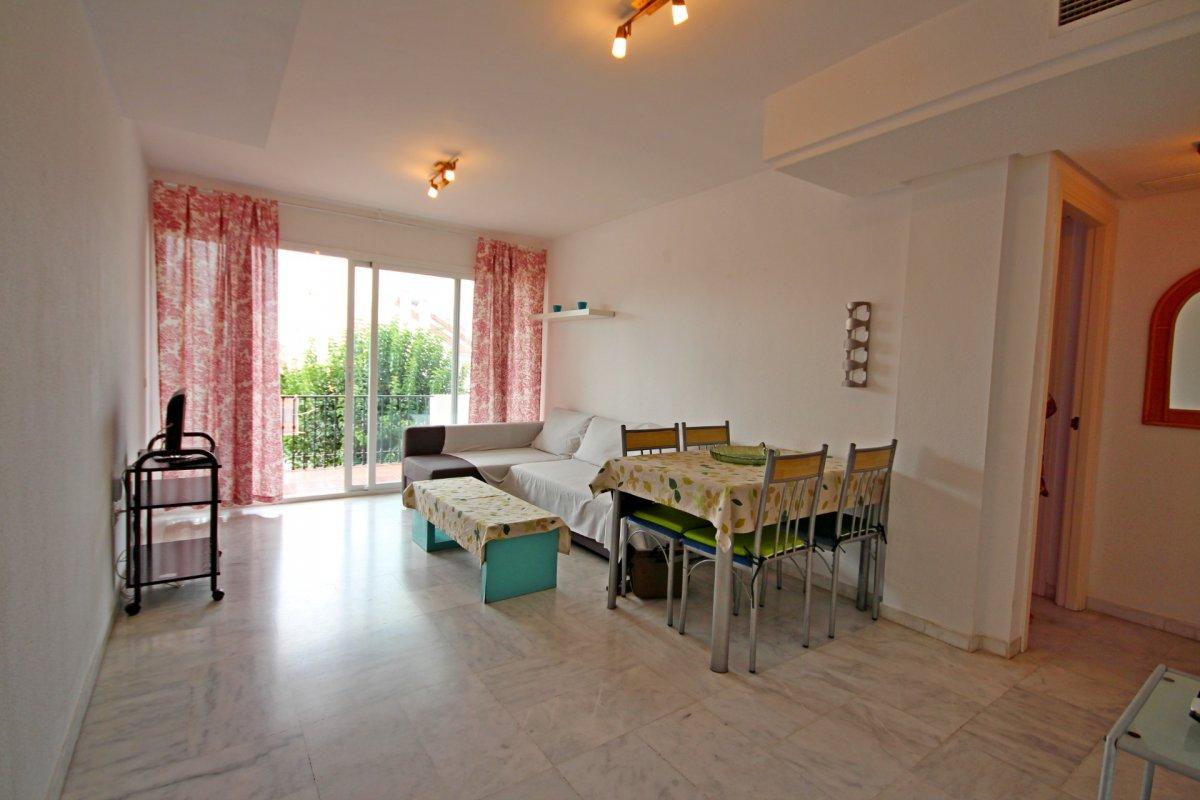 Estupendo apartamento en urbanización de montemar - imagenInmueble4