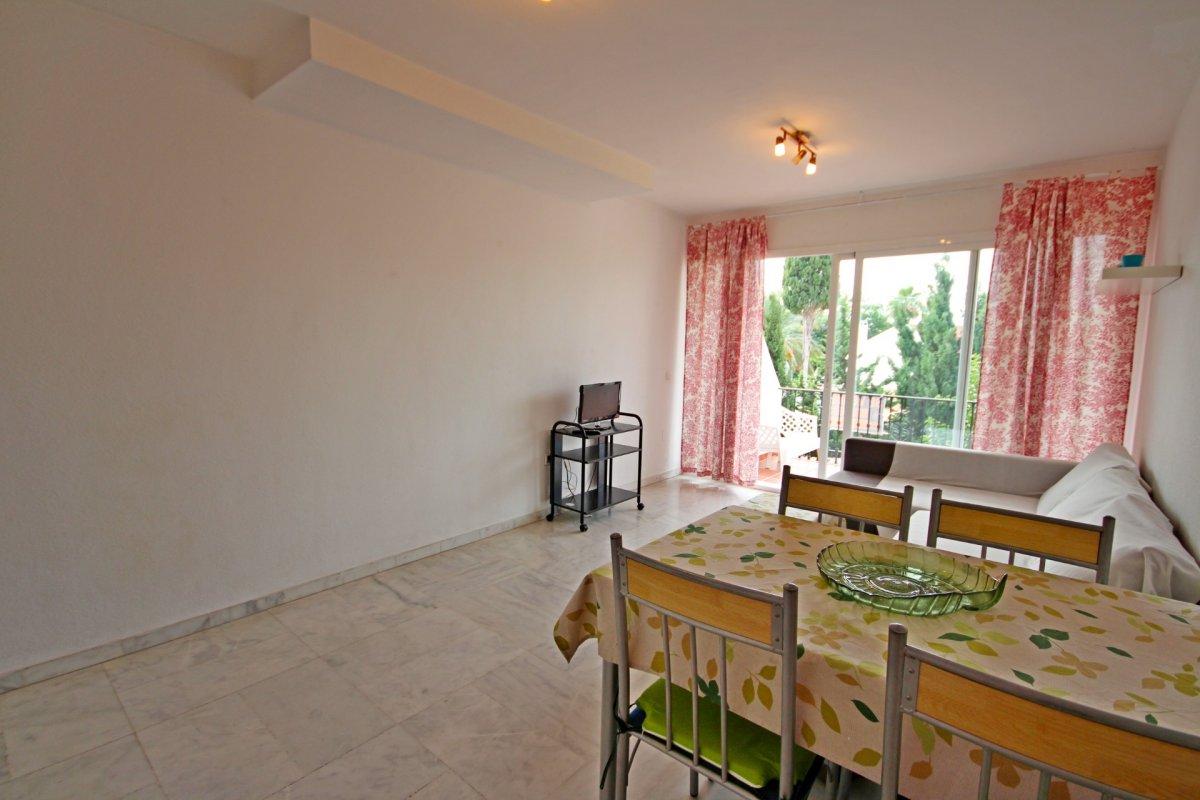 Estupendo apartamento en urbanización de montemar - imagenInmueble5