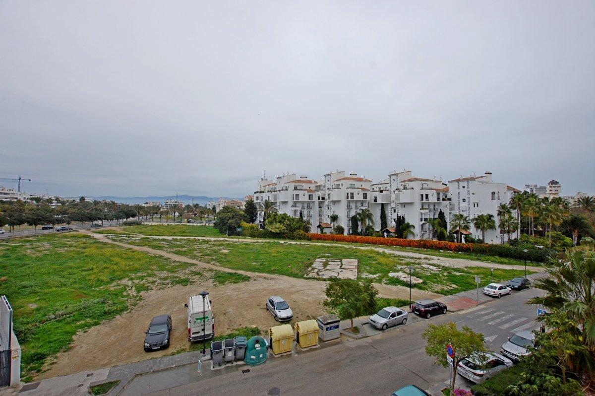 Piso en urbanización de playamar - imagenInmueble21