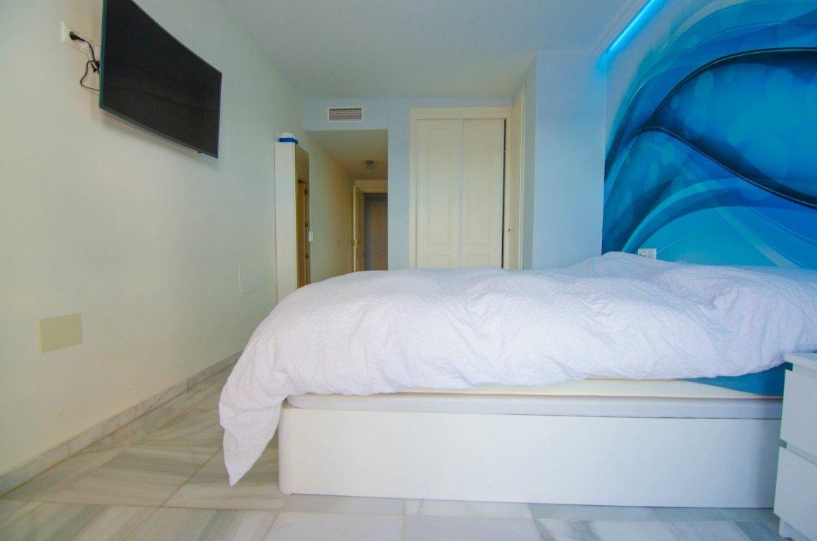Piso de dos habitaciones en primera linea de playa en benalmádena - imagenInmueble11
