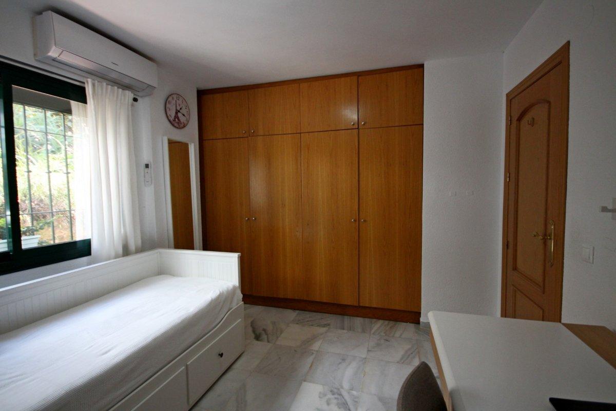 Apartamento en pueblo andaluz con encanto junto al parque de la paloma - imagenInmueble13