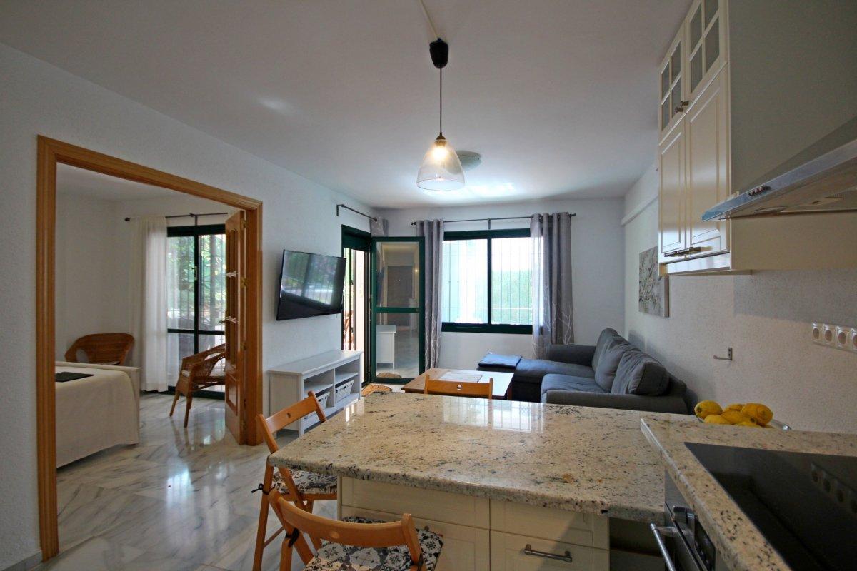 Apartamento en pueblo andaluz con encanto junto al parque de la paloma - imagenInmueble8