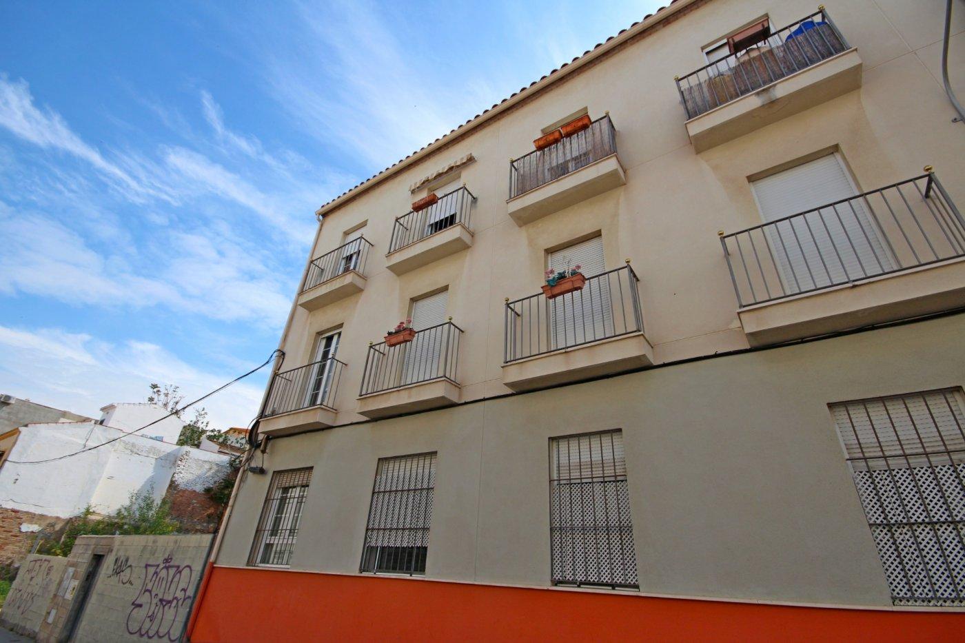 Piso dos dormitorios con garaje a un paso del centro histórico - imagenInmueble0