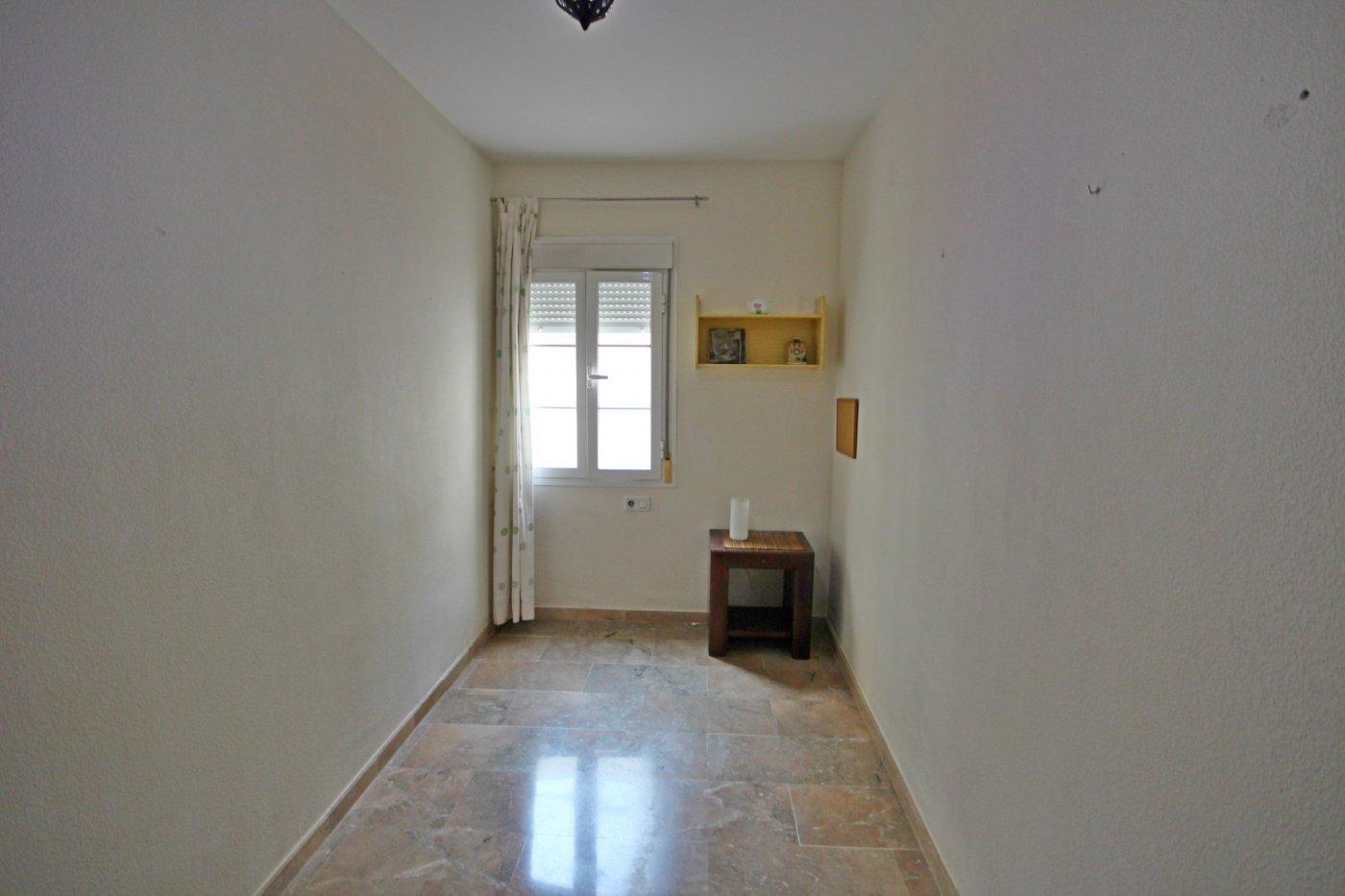 Piso dos dormitorios con garaje a un paso del centro histórico - imagenInmueble9
