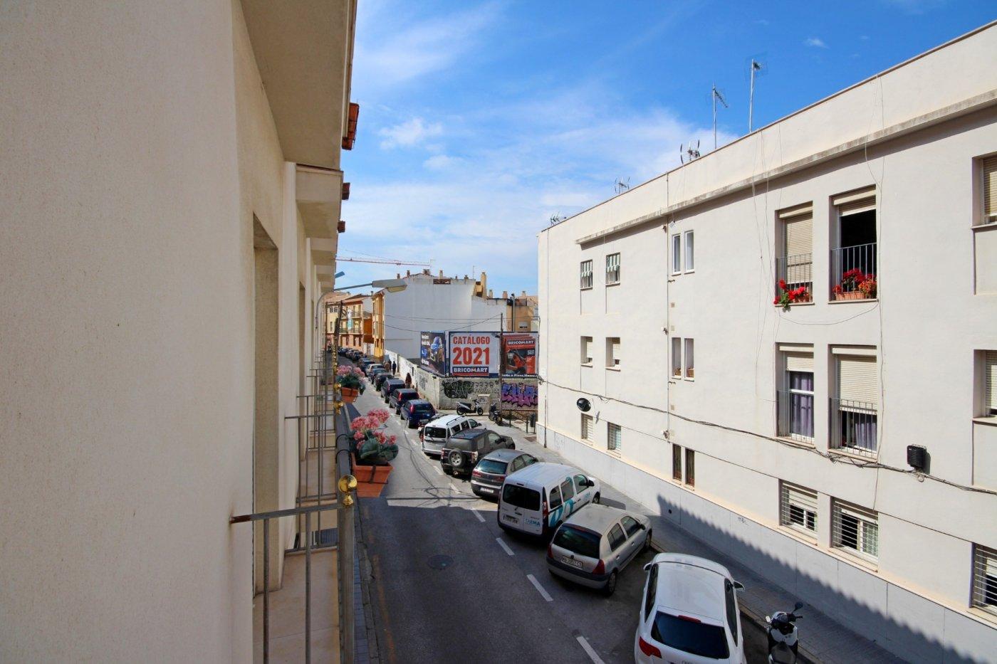 Piso dos dormitorios con garaje a un paso del centro histórico - imagenInmueble2