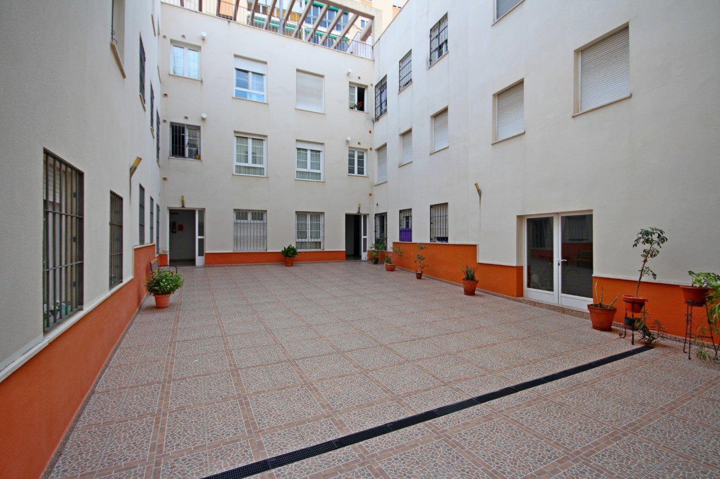 Piso dos dormitorios con garaje a un paso del centro histórico - imagenInmueble4