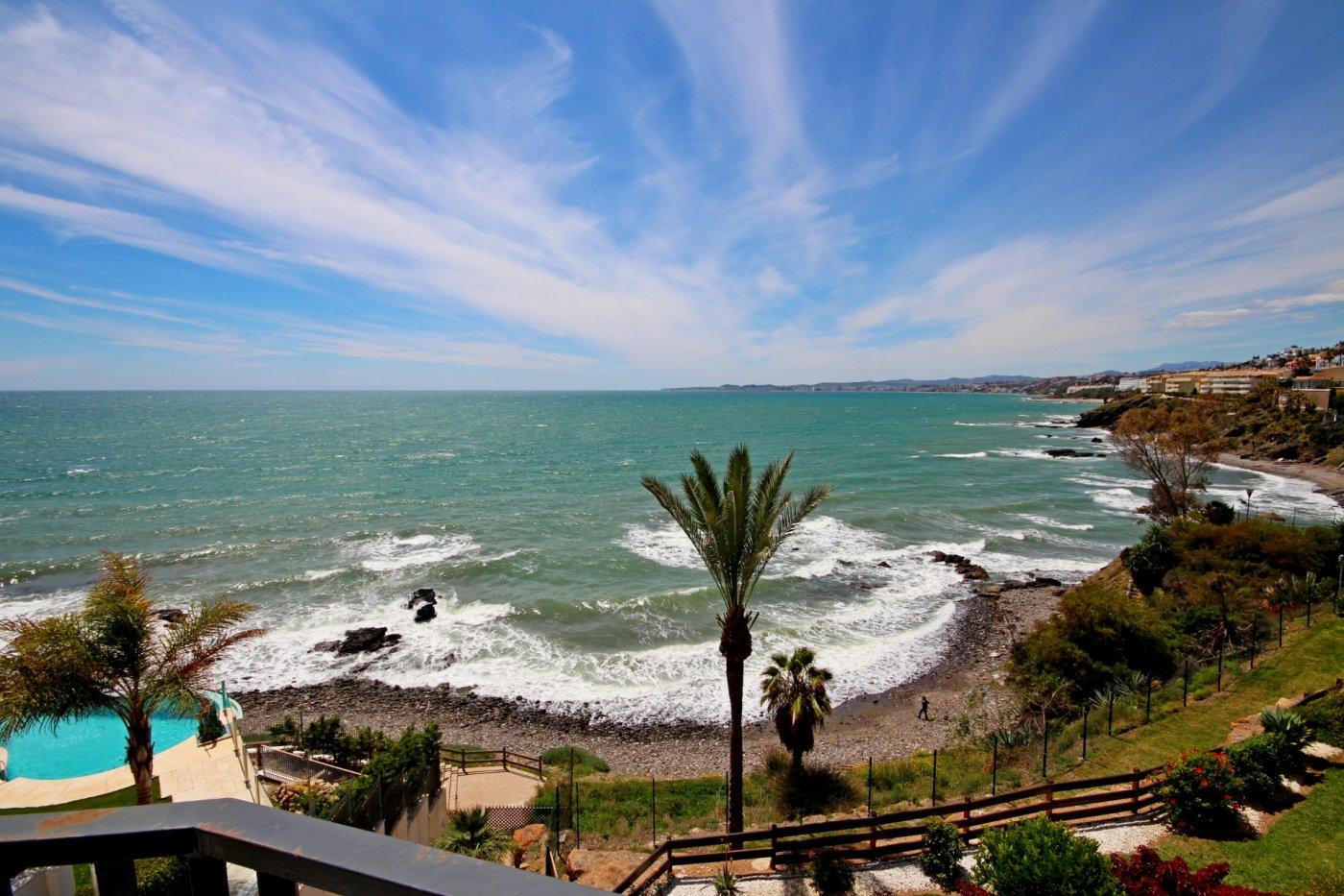 Piso de lujo con vistas frontales al mar en benalmadena costa - imagenInmueble0