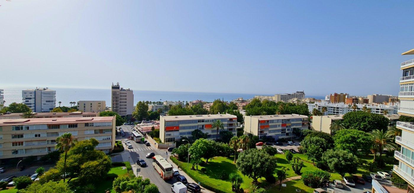 Apartamento con vistas al mar en la carihuela - imagenInmueble0
