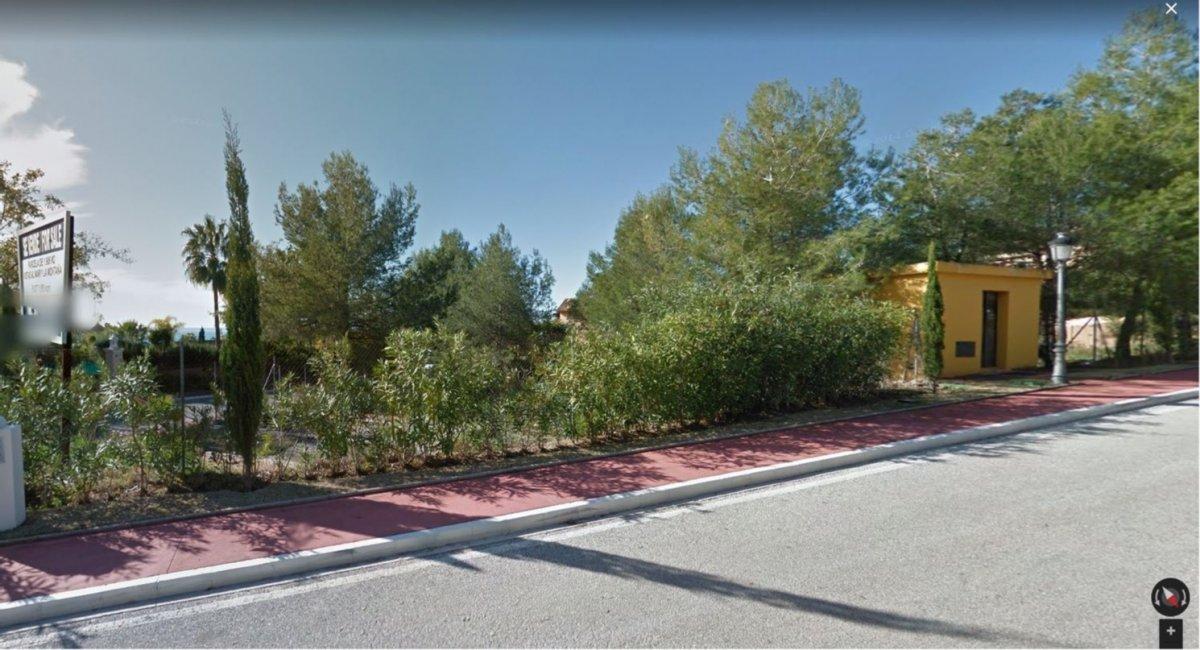 Terreno en venta en la exclusiva urbanización sierra blanca marbella, vistas al mar 1900 m - imagenInmueble0