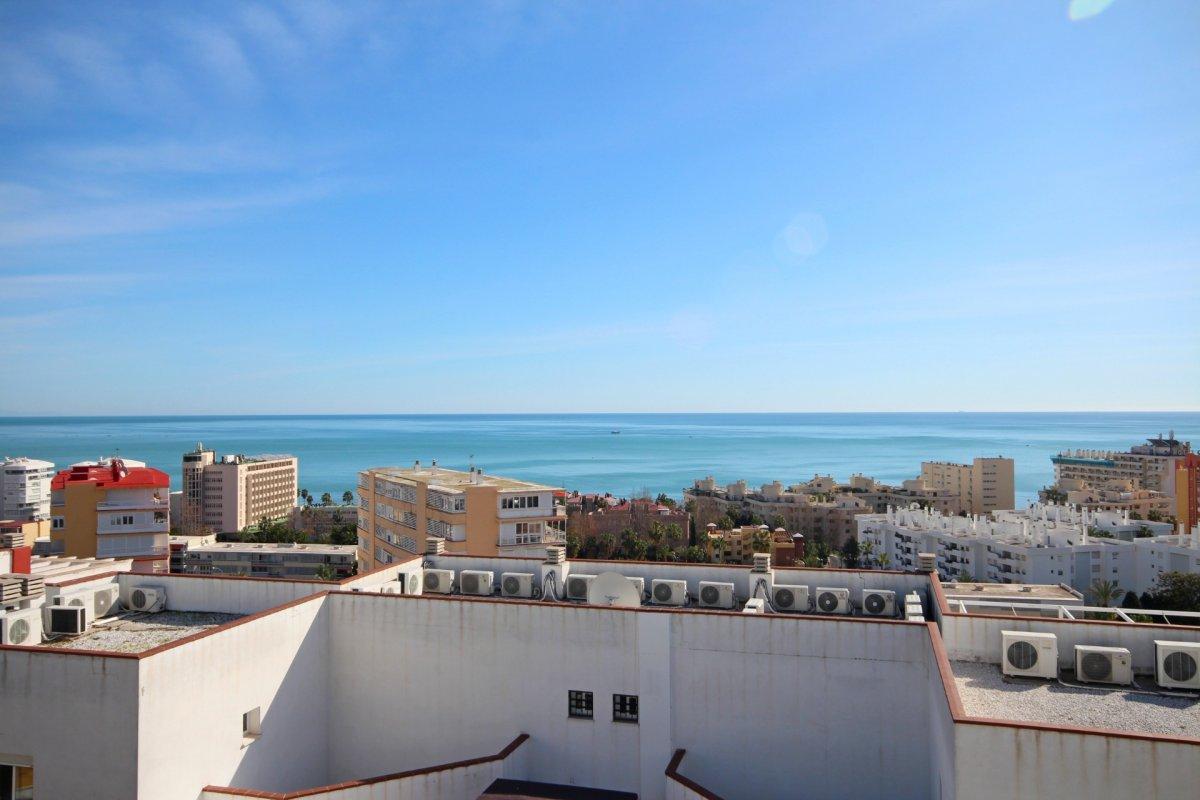 Adosado en esquina en montemar a un paso de la playa de la carihuela - imagenInmueble0