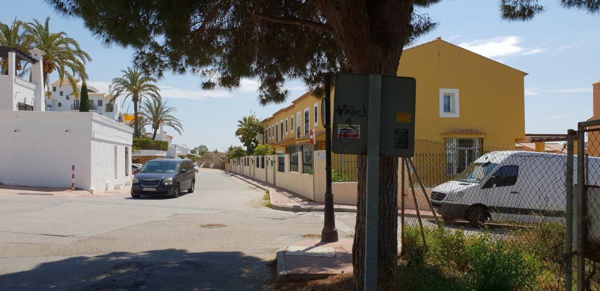 Suelo urbano consolidado para construir  6 villas en calahonda - imagenInmueble5