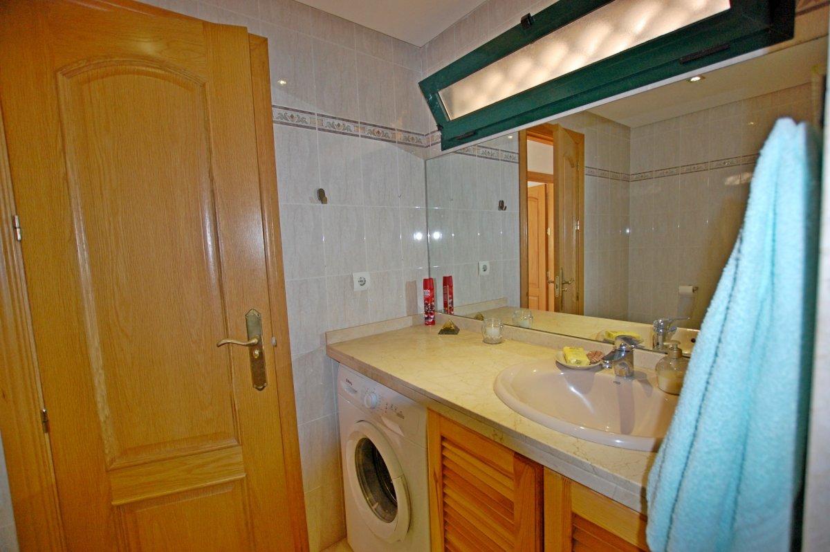 Apartamento con bonitas vistas al mar en torrequebrada - imagenInmueble17