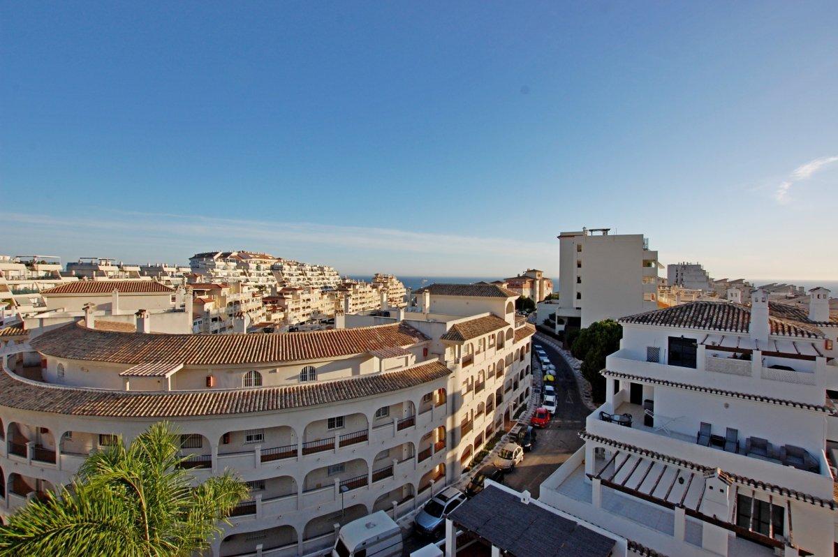 Apartamento con bonitas vistas al mar en torrequebrada - imagenInmueble20