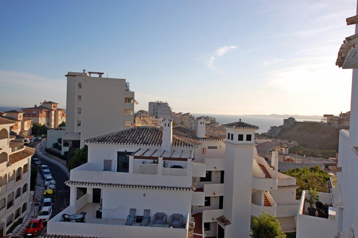 Apartamento con bonitas vistas al mar en torrequebrada - imagenInmueble22