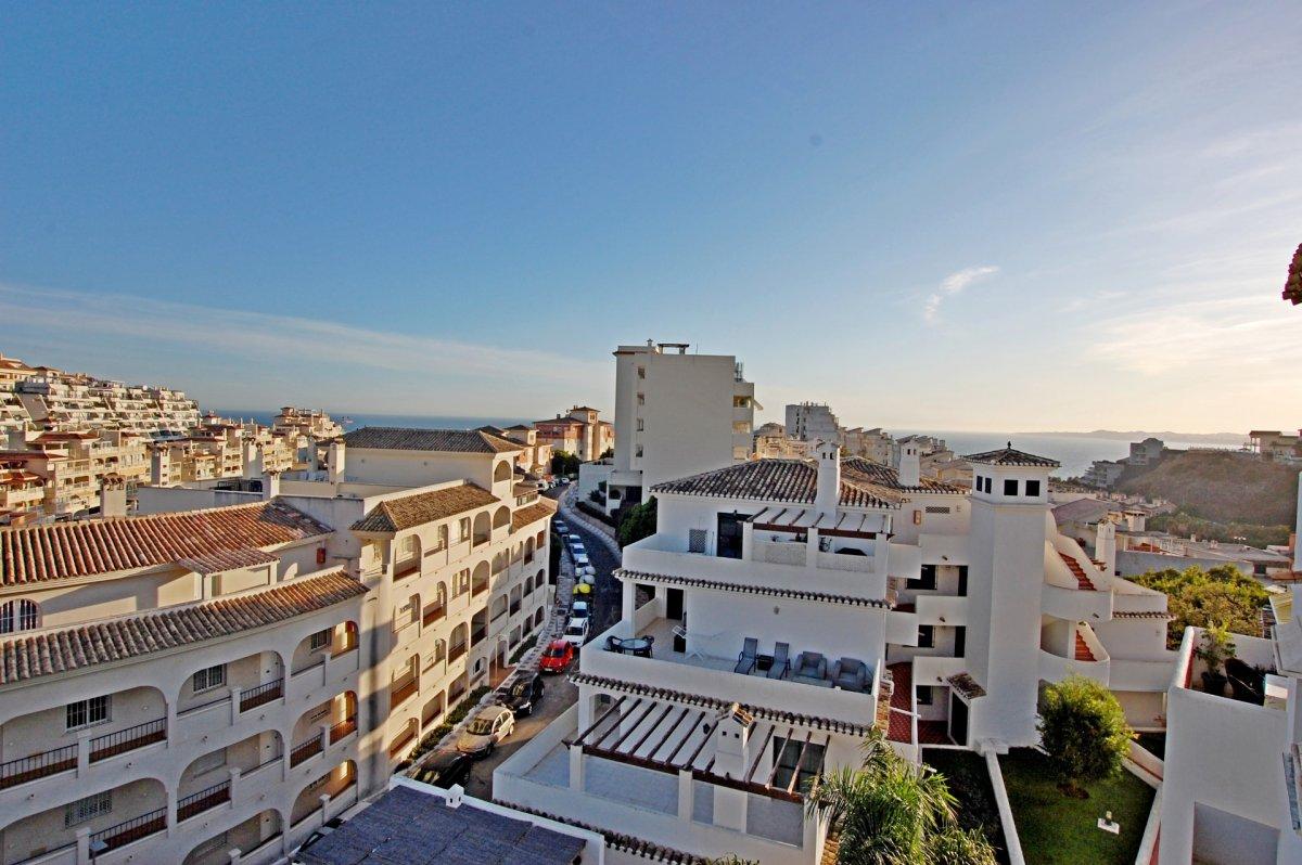 Apartamento con bonitas vistas al mar en torrequebrada - imagenInmueble23