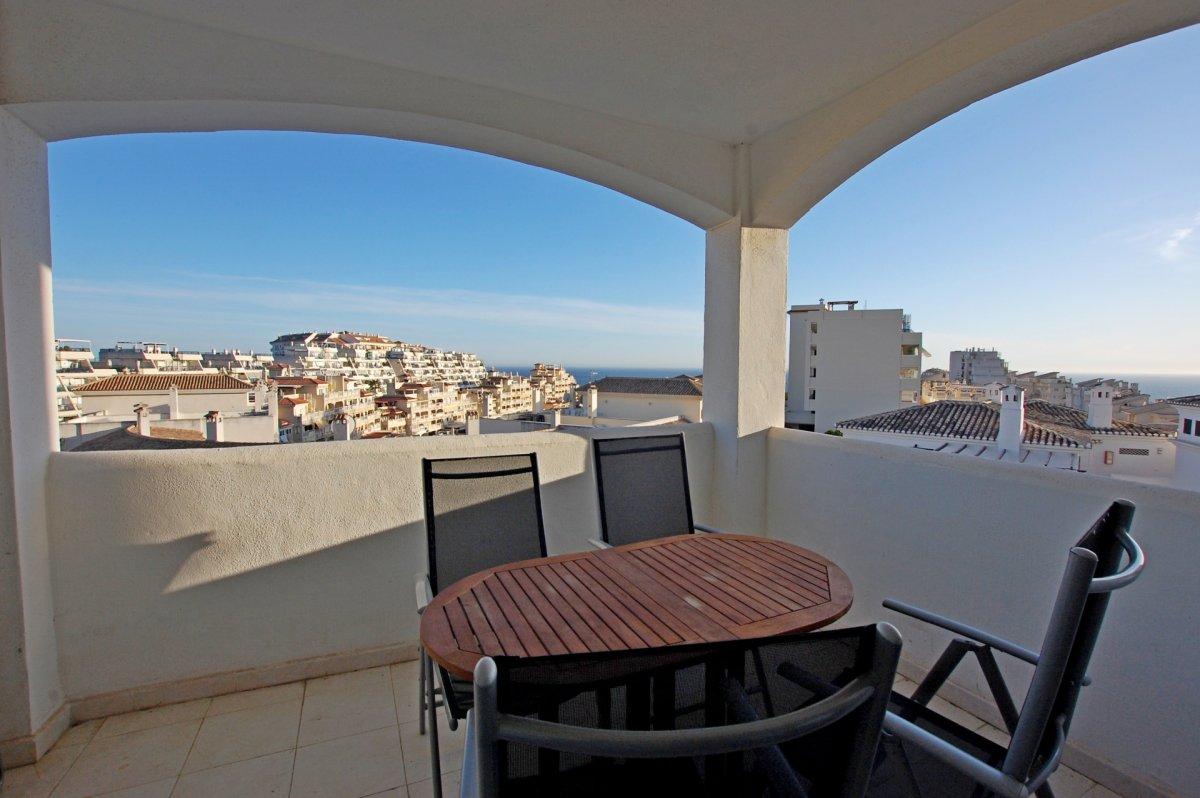 Apartamento con bonitas vistas al mar en torrequebrada - imagenInmueble3