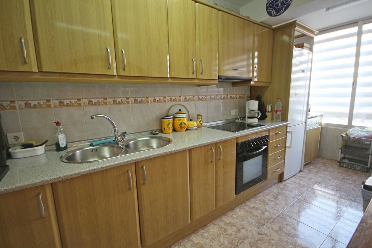 Acogedor piso 2 dormitorios a pasos de la playa de la carihuela - imagenInmueble7