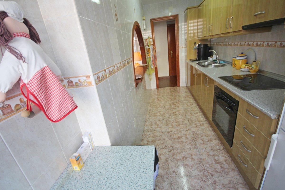 Acogedor piso 2 dormitorios a pasos de la playa de la carihuela - imagenInmueble8