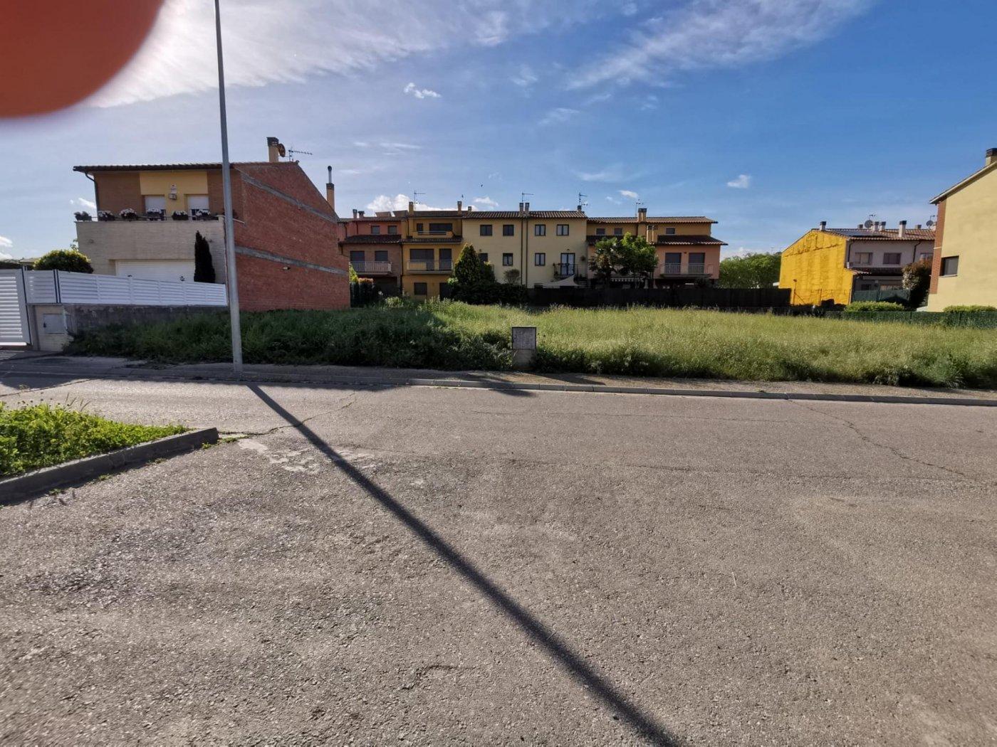 Parcela urbana en venta en Roda de Ter