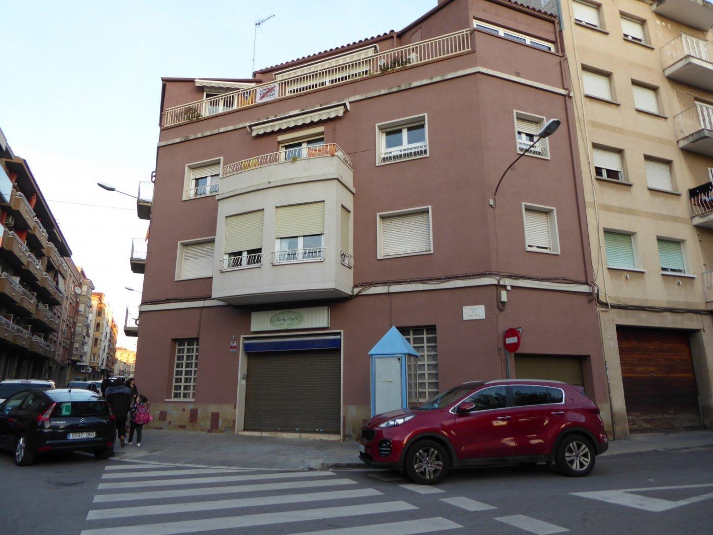 Premises for rent in Carrer Viladordis, Manresa
