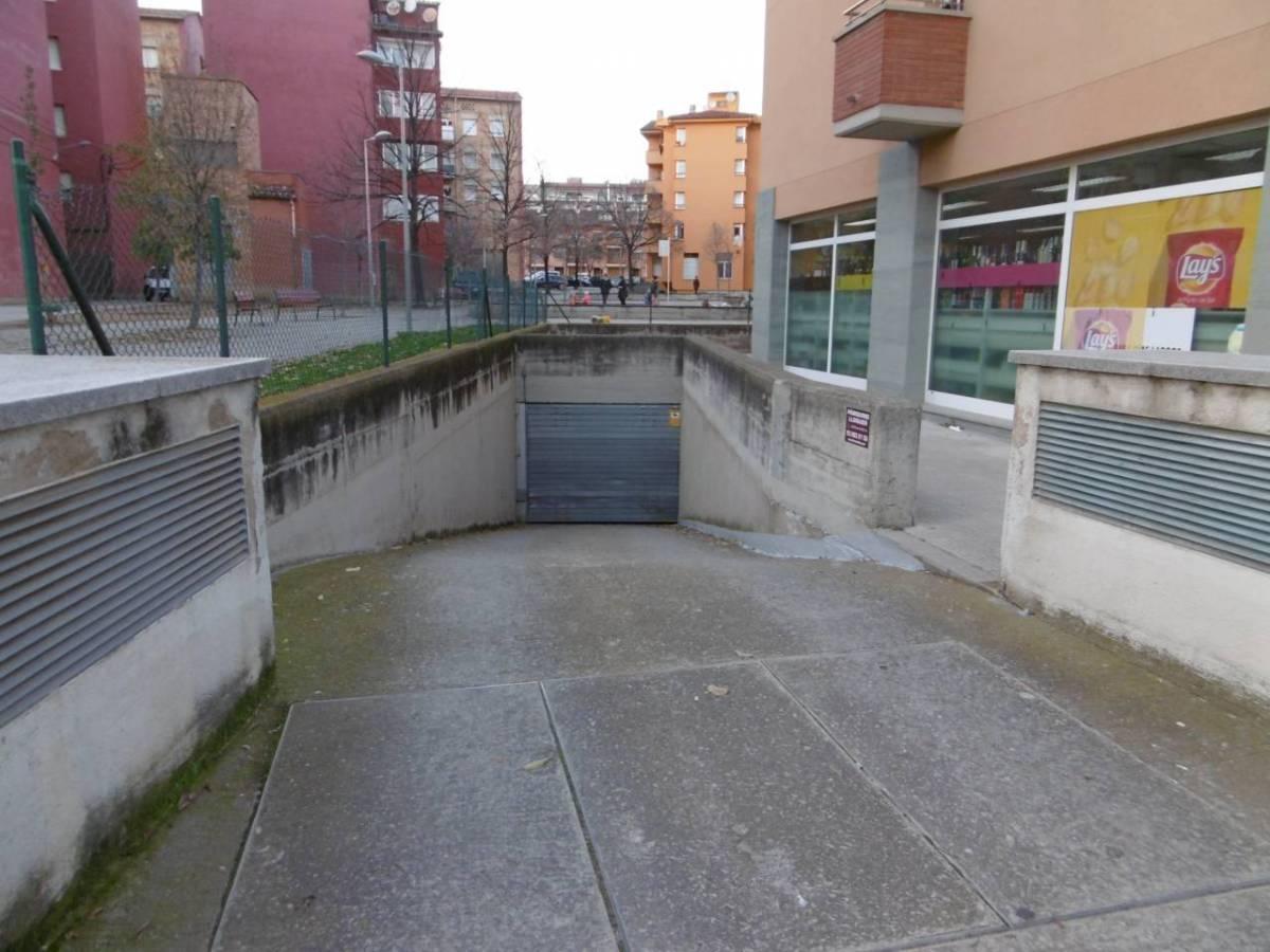 Parking for rent in Ctra. de Roda, Vic