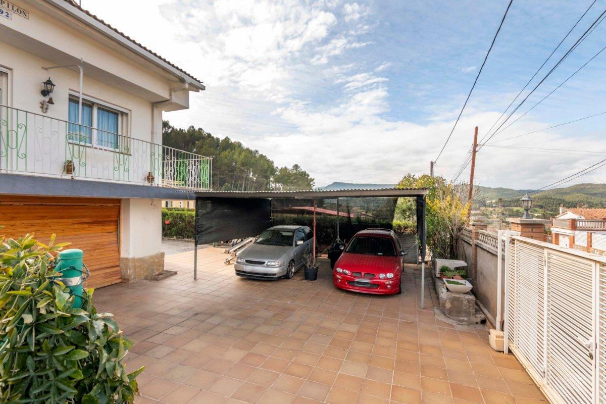 Casa en venda a St. Salvador de Guardiola - urb. El Calvet