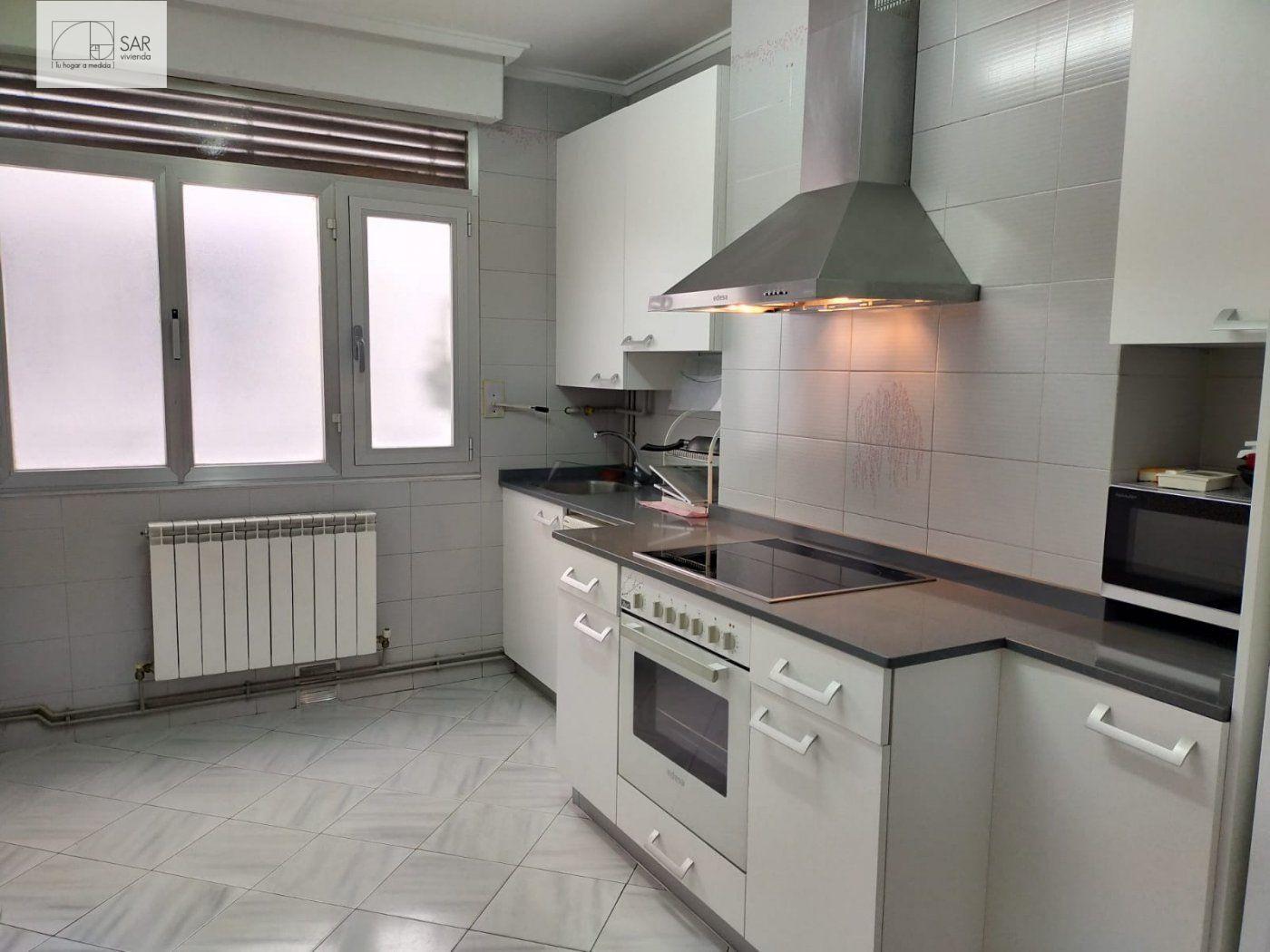 Apartamento, Centro, Alquiler/Asignación - Álava (Álava)