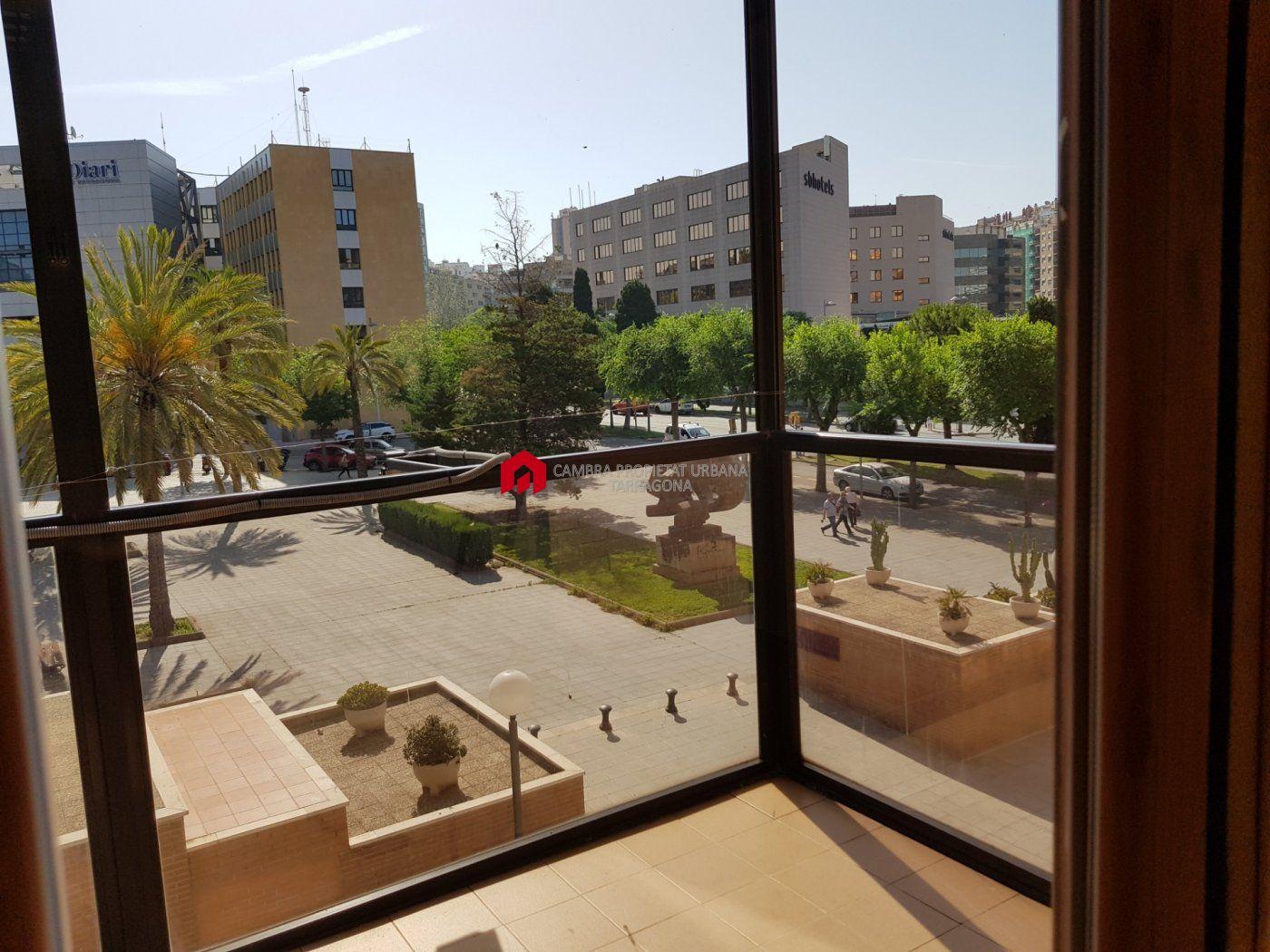 Local Comercial · Tarragona · Nou Eixample Sud 950€ MES€