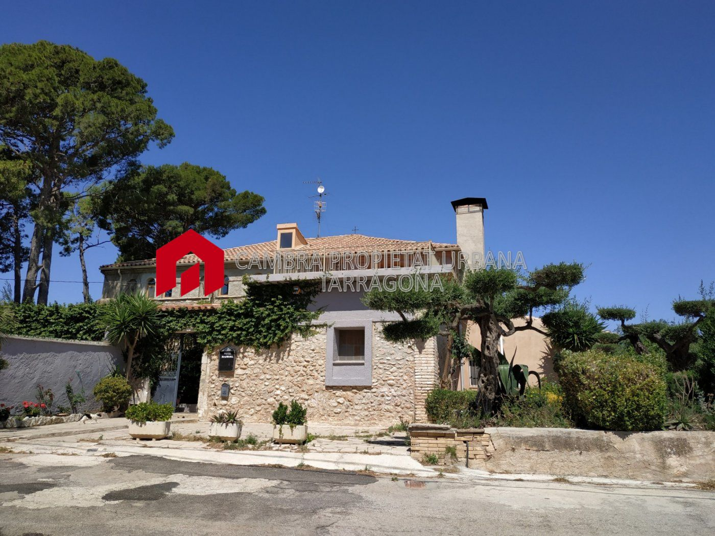 casa-de-camp en tortosa · reguers 550000€
