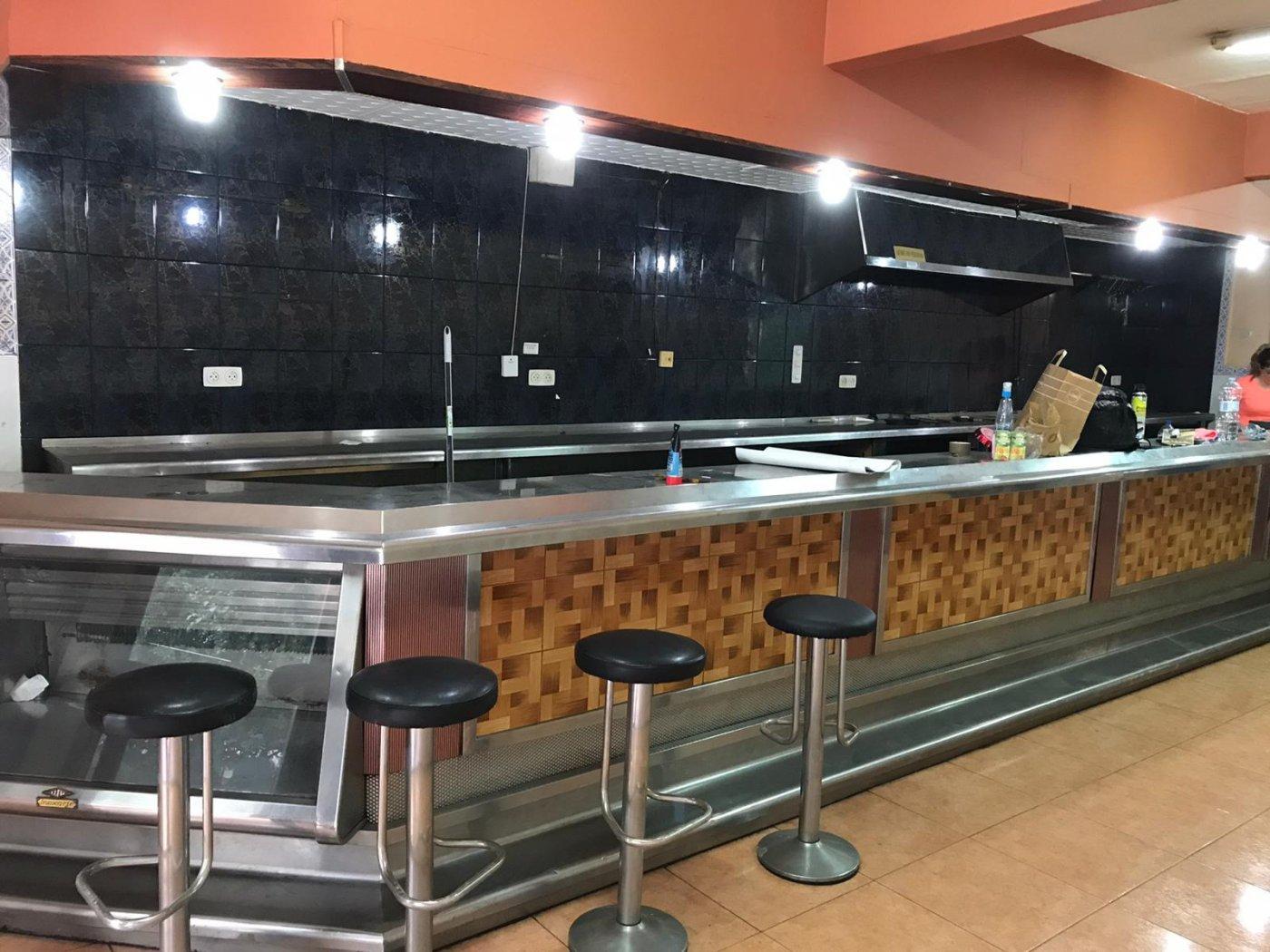 local-comercial en sant-feliu-de-llobregat · centre 129900€
