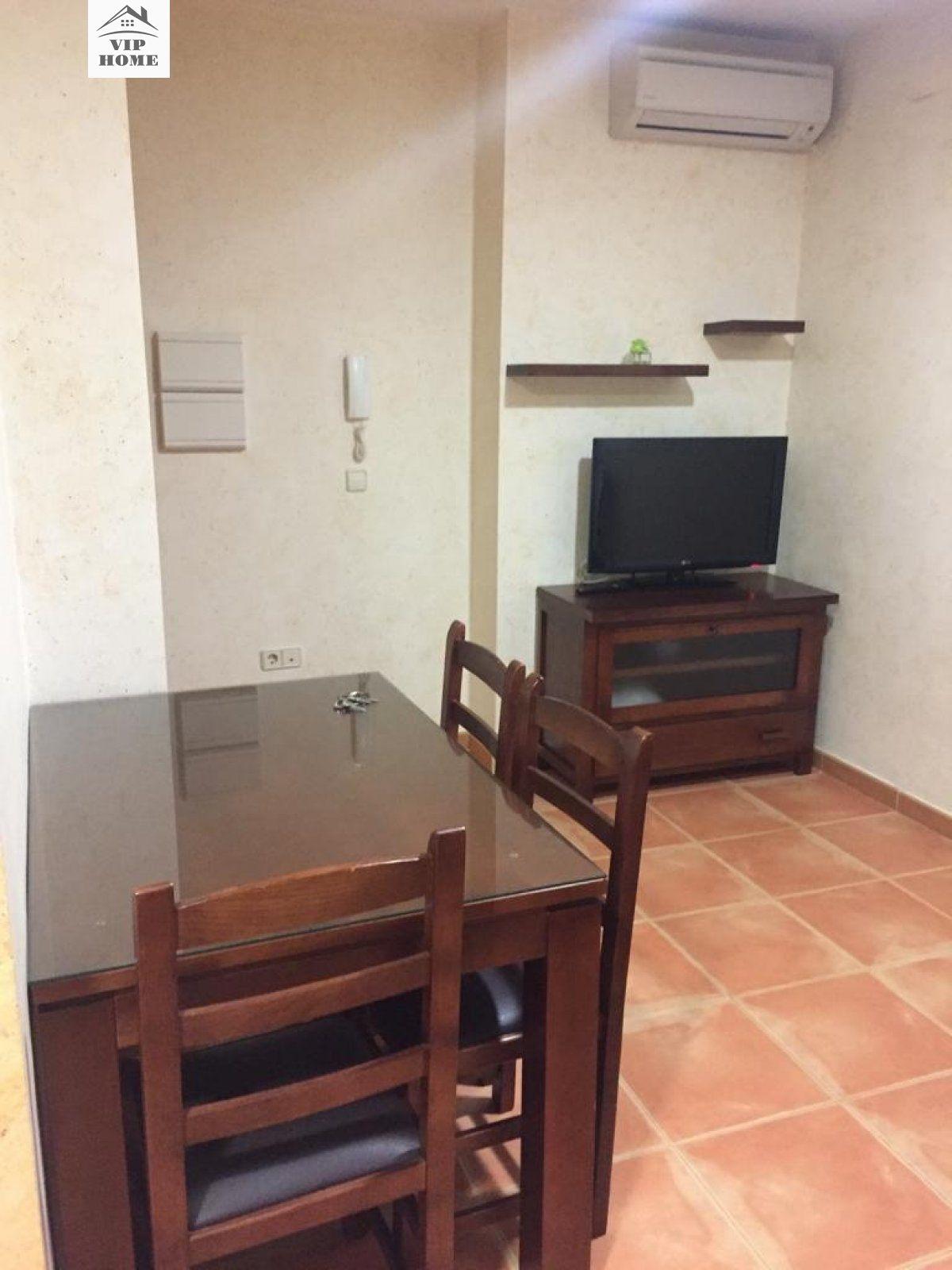 Apartamento en alquiler en Centro, Siles