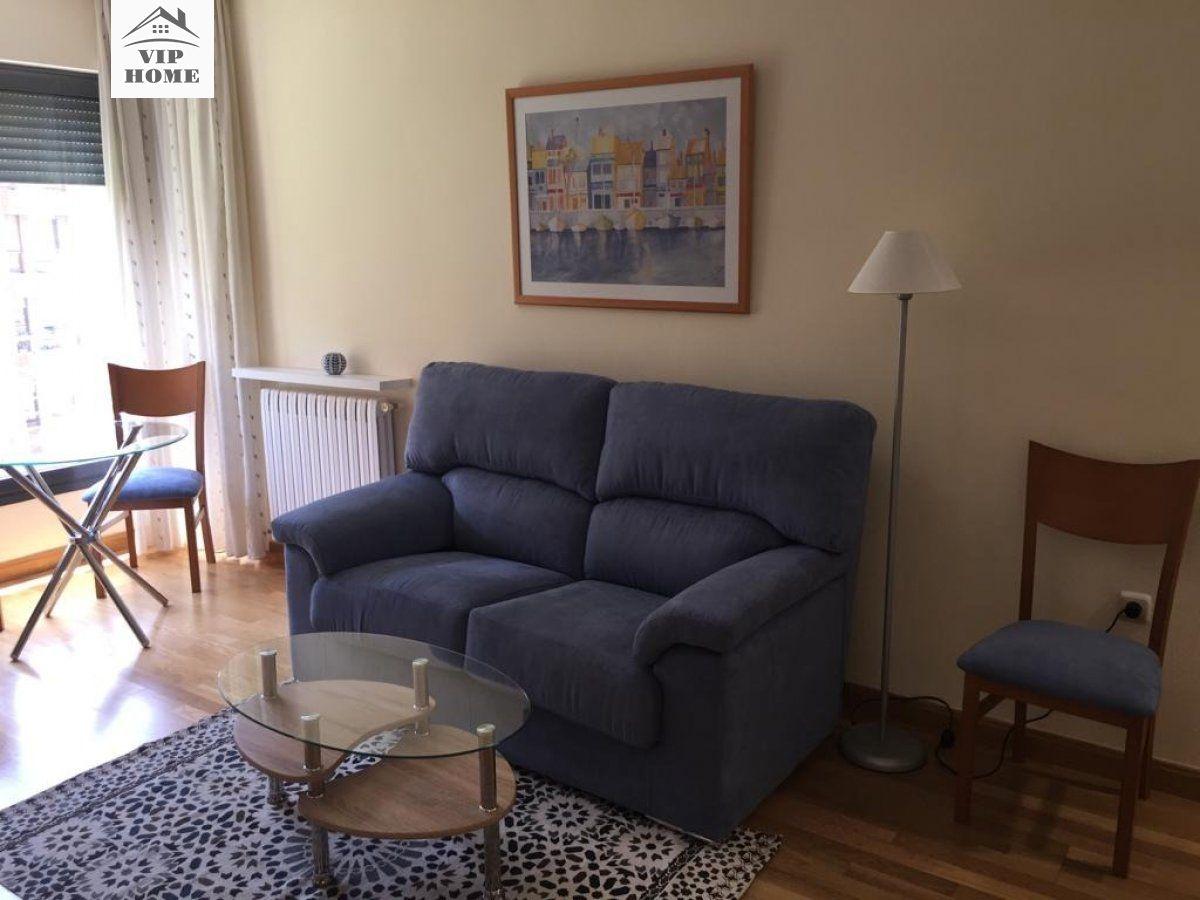 Apartamento en alquiler en Albacete, Albacete