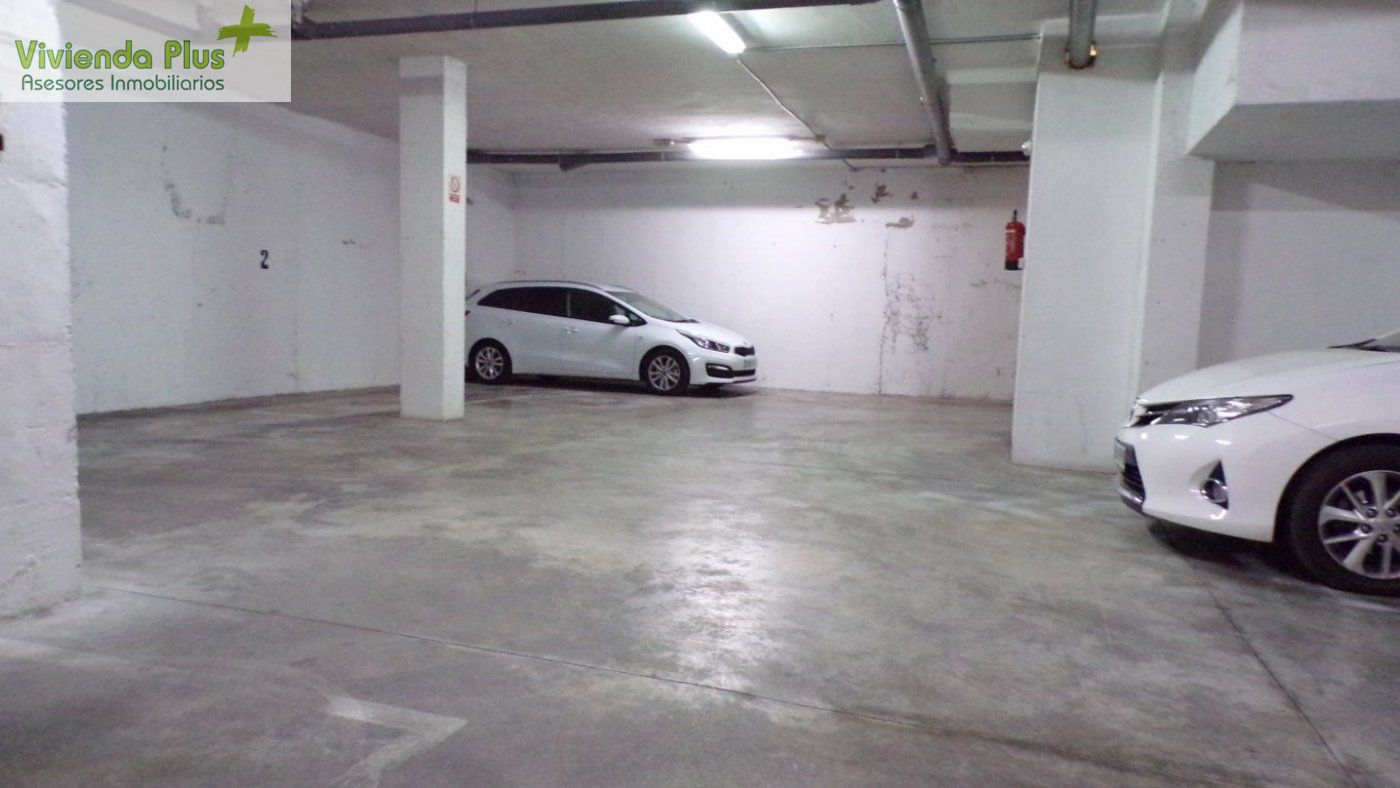 Piso seminuevo en Carrus con Ascensor y Plaza de Parking !!INFORMATE¡¡