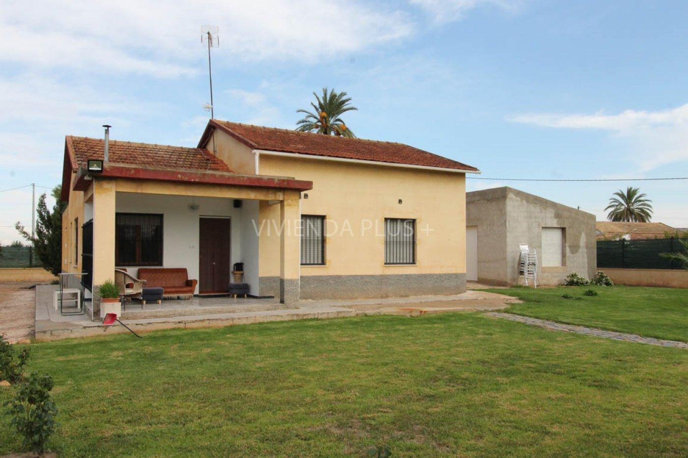 Magnifica casa de campo en partida de la Hoya , junto al pueblo ref7748A