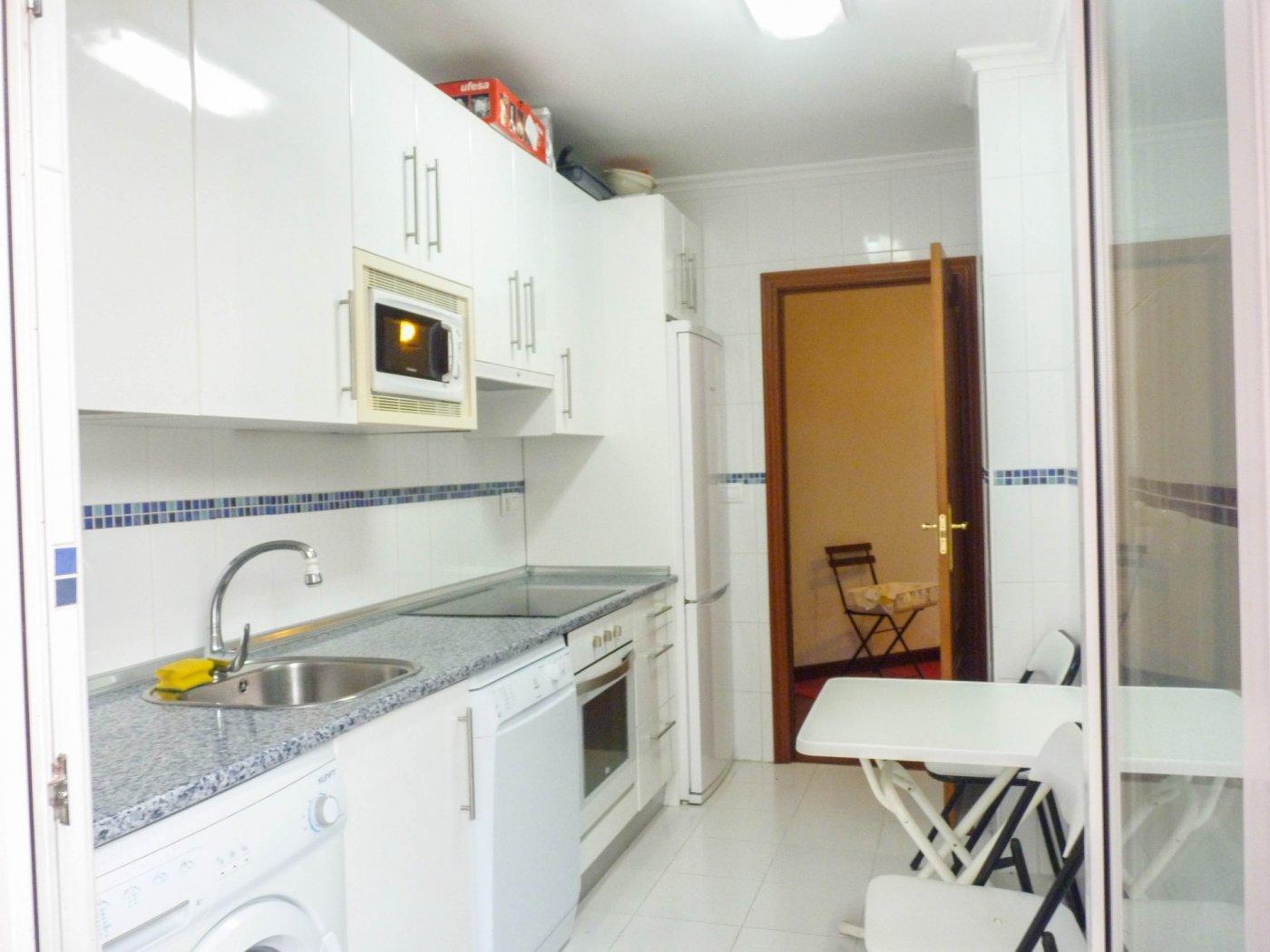 Piso en venta en Ampuero  de 2 Habitaciones, 2 Baños y 80 m2 por 75.000 €.