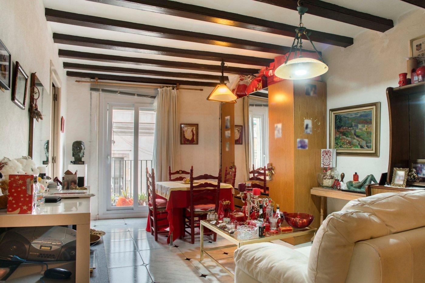 piso en barcelona · el-raval 175000€