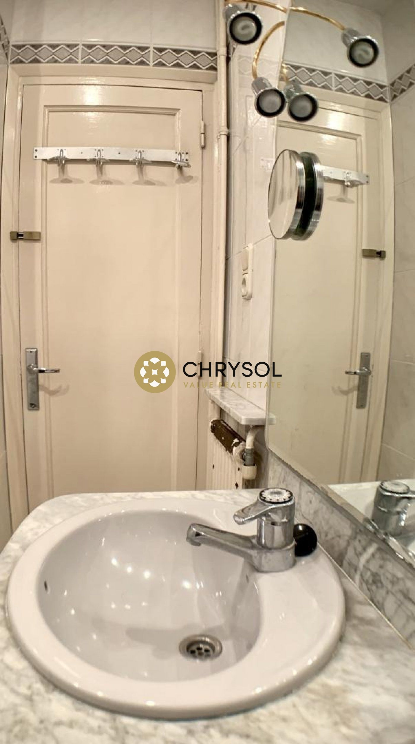 Photogallery - 8 - Chrysol Value